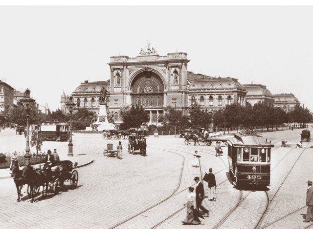 Budapest - Baross space photo 1900